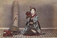 Female musician with koto and Ōtsuzumi
